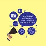 Conceptuele hand die tonend Innovatief Customer relationship management schrijven Het positief van de bedrijfsfoto demonstratiecl stock illustratie