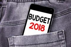 Conceptuele hand het schrijven teksttitel die Begroting 2018 tonen Bedrijfsconcept voor Huishouden die boekhouding in de begrotin Royalty-vrije Stock Afbeeldingen