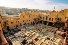Concerie di cuoio di vecchia città di Fes, Marocco fotografia stock libera da diritti