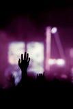 Concert chrétien de musique avec la main augmentée photo libre de droits