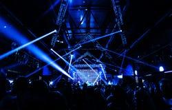 Concert d'éloge de partie de nuit Photographie stock