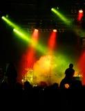 Concert dans rouge-jaune-vert Photo libre de droits