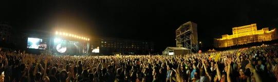 Concert de rock dans la place de Constitutiei, Bucarest, Roumanie Photographie stock libre de droits