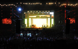 Concert vivant sur la scène principale du festival incalculable Photos stock