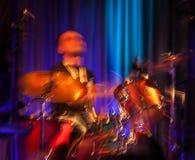 Concerto astratto del batterista. Fotografia Stock