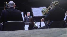 Concerto da orquestra de Philarmonic video estoque