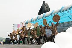 Concerto dell'insieme nazionale Mengo di ballo di Koryak kamchatka Immagine Stock