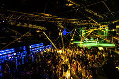 Concerto do entusiasmo do partido da noite fotos de stock royalty free