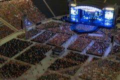 Concerto genérico na arena do ar livre na miniatura imagens de stock royalty free