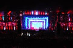 Concerto in tensione sulla fase principale del festival incalcolabile Immagini Stock Libere da Diritti