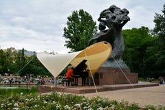 Concerts Chopin en parc royal de Lazienki à Varsovie photographie stock libre de droits