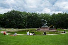 Concerts Chopin en parc royal de Lazienki à Varsovie image libre de droits