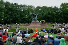 Concerts Chopin en parc royal de Lazienki à Varsovie photos libres de droits