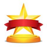 Concessão da estrela do ouro Fita vermelha com lugar para o texto Ilustração do vetor Troféu moderno, prêmio do desafio Brilhante Fotografia de Stock