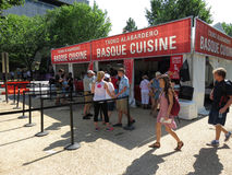 Concession Basque de nourriture images stock