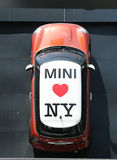 Concessionnaire de Mini Cooper à Manhattan Photos libres de droits