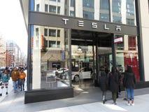 Concessionnaire de Tesla dans le Washington DC du centre Images libres de droits