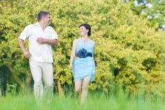 Concetti ed idee maturi di relazioni delle coppie Caucasian felice C Fotografia Stock Libera da Diritti