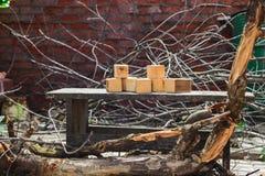 Concetti rustici, cubi di legno casalinghi Immagini Stock Libere da Diritti