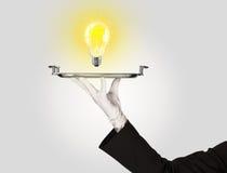 Concetto abile di idea con la lampadina sul vassoio Immagini Stock Libere da Diritti