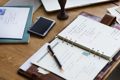 Concetto adulto senior del calendario di ordine del giorno di pianificazione Immagine Stock