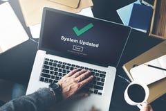 Concetto aggiornato di dati di collegamento del computer del sistema Immagini Stock