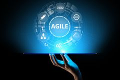 Concetto agile di metodologia di sviluppo sullo schermo virtuale Concetto di tecnologia fotografie stock