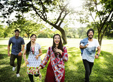 Concetto allegro del parco degli amici indiani Immagini Stock Libere da Diritti