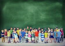 Concetto allegro della gioventù di infanzia di felicità dei bambini dei bambini Fotografia Stock