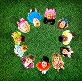 Concetto allegro di diversità di infanzia dei bambini dei bambini Fotografie Stock