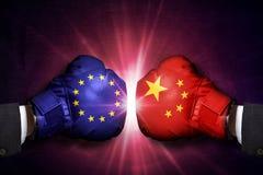 Concetto commerciale di conflitto fra la Cina e l'Unione Europea immagini stock libere da diritti
