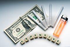 Concetto costoso delle sigarette ancora Fotografia Stock Libera da Diritti