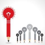 Concetto creativo di idea con le lampadine della matita Fotografia Stock