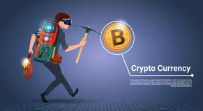 Concetto cripto di valuta dei fondi Digital di concetto di estrazione mineraria di Bitcoin del piccone della tenuta dell'uomo Fotografie Stock