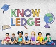 Concetto d'apprendimento accademico del grafico dei bambini della scuola Fotografie Stock