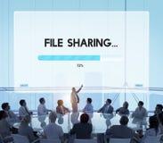 Concetto d'archiviatura di download di data streaming del collegamento Fotografia Stock Libera da Diritti