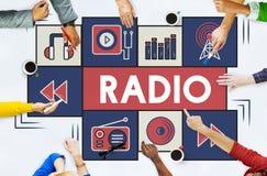 Concetto d'ascolto del segnale di ritmo di musica radiofonica Immagini Stock