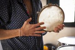 Concetto degli strumenti di musica di percussione di idiofono immagini stock libere da diritti