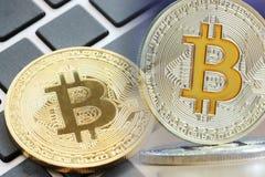 concetto del bitcoin per l'affare facendo uso dell'idea immagini stock libere da diritti