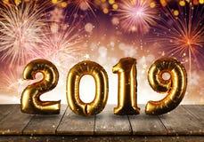 Concetto del buon anno con il fondo dei fuochi d'artificio immagine stock libera da diritti