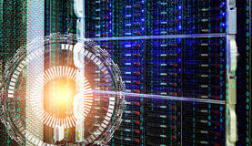 Concetto del centro dati di memoria a dischi con tecnologia dell'informazione e base di dati sull'ologramma tecnologico del fondo Immagine Stock Libera da Diritti