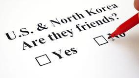 Concetto del conflitto o amicizia fra il Corea del Nord e del Sud stock footage