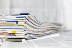 Concetto del fondo delle riviste e dei giornali Fotografia Stock Libera da Diritti