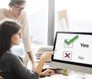 Concetto del grafico di decisione di Tick Yes No Choose Mark di scelte Immagini Stock Libere da Diritti