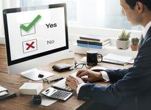 Concetto del grafico di decisione di Tick Yes No Choose Mark di scelte Immagine Stock Libera da Diritti