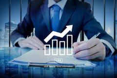 Concetto del grafico di relazione sullo stato di avanzamento di affari fotografia stock