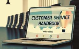 Concetto del manuale di servizio di assistenza al cliente sullo schermo del computer portatile 3d Fotografie Stock Libere da Diritti