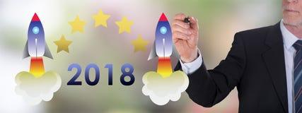Concetto 2018 del nuovo anno disegnato da un uomo d'affari Immagine Stock Libera da Diritti