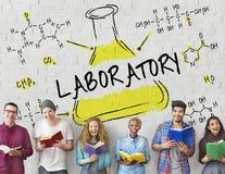 Concetto del prodotto chimico di formula del laboratorio di esperimento di scienza Immagine Stock
