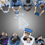 Concetto del puntatore del mouse dell'icona del collegamento a Internet di Digital Immagini Stock